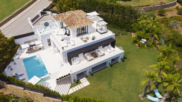 Villa Los Naranjos Golf Nueva Andalucia, Marbella Mimosa by Solvilla_Villa for sale with Golf and Sea views_Realista Quality Real Estate Marbella