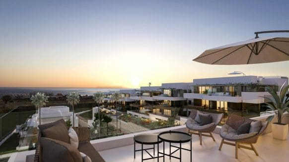 Sea view Penthouse with large terrace in Las Mesas Homes Estepona