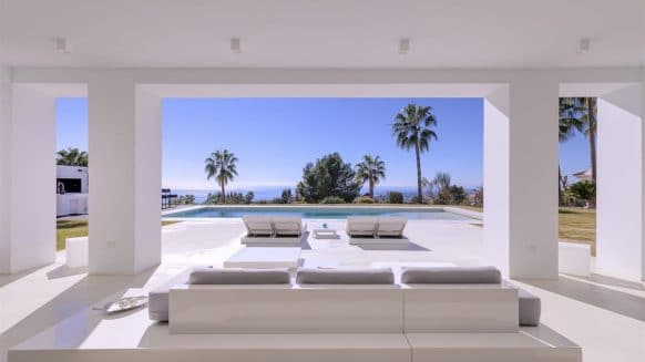 Modern villa in Sierra Blanca, one of the most prestigious addresses in southern Europe, Marbella