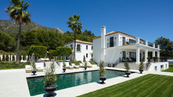 Casa Arbequina – Luxury Sierra Blanca Marbella Villa with Panoramic Views towards the Sea and over the entire Coast