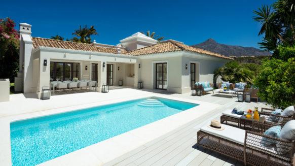Family Villa in the heart of the Golf Valley, Las Brisas Marbella, close to amenities and schools