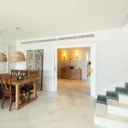 Los Granados Puerto Banus Beach Front Penthouse Marbella_Realista Quality Real Estate