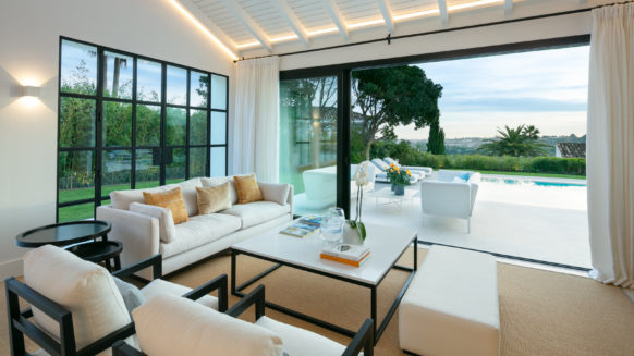 New and private 4 bedroom villa in the residential area of Nueva Andalucia, Marbella
