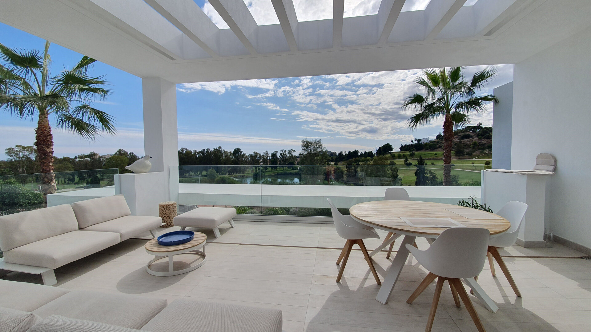 Penthouse front line golf in Benahavis Atalaya Hills with amazing open views