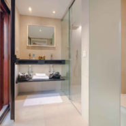 Malaga City Centre Penthouse fully reformed garage storeroom_Realista Quality Real Estate Marbella