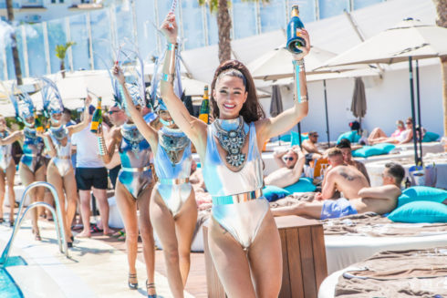 Ocean Club Champagne Party Cat Walk