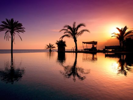 beach club estrella del mar evening shot
